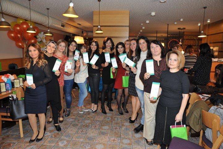 Beslenme Dünyası Leman Tatlı ile #portakalcicegibloggerları etkinliğinde Adanalı bloggerlar ile buluştuk