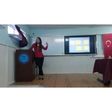 Toroslar Anadolu Lisesi'nde diyetisyenimiz Serap Cavlak tarafından sağlıklı beslenme sunumu gerçekleştirildi