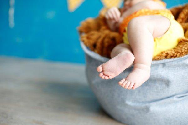 İlk Bir Yıl Bebeğinize Vermemeniz Gereken Besinler